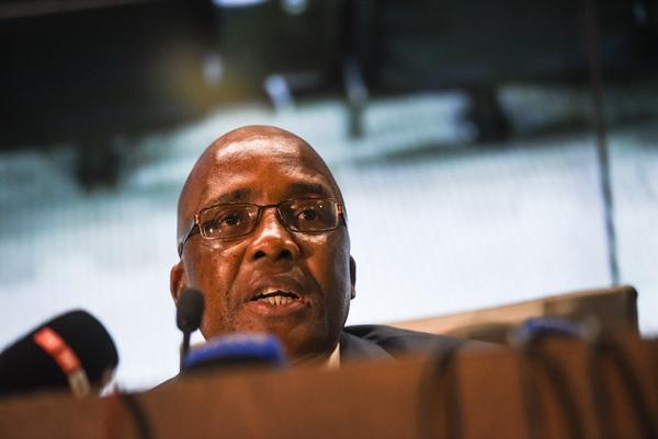 Motsoaledi applauds arrest of OR Tambo immigration official for 'R100K bribe'
