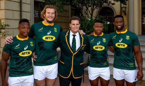 New caps RG Snyman of South Africa, Aphiwe Dyantyi of South Africa and SÕbusiso Nkosi of South Africa with Springbok coach Rassie Erasmus and Siya Kolisi (captain) of South Africa during the South African national mens rugby team captains media briefing and team photograph at Tsogo Sun Montecasino on June 08, 2018 in Johannesburg, South Africa. (Photo by Gordon Arons/Gallo Images)