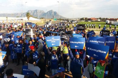 DA uses Cape Town bus burning to call for army deployment yet again