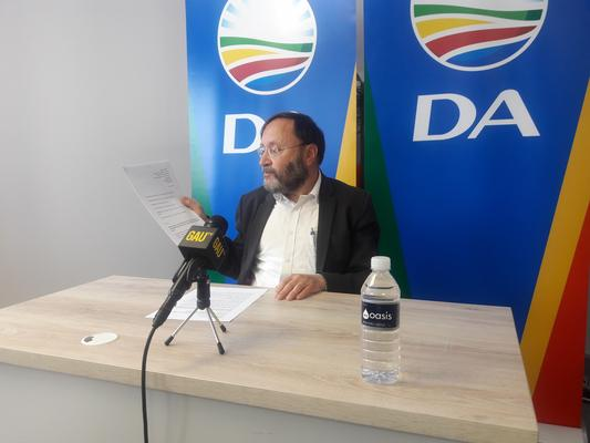 DA Gauteng MPL Jack Bloom at a press briefing on Tuesday, 17 July 2018. Picture: Thembelihle Mkonza/ANA