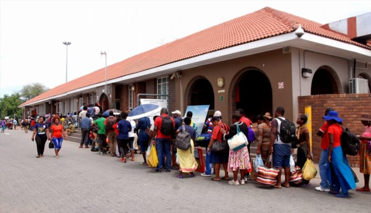 People heading to Zimbabwe queue up at Beitbridge border post in Musina, South Africa.  Picture: Gallo Images
