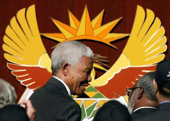 Nelson Mandela, arriving for Thabo Mbeki's inauguration in 2004. EPA/Jon Hrusa