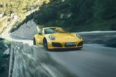 Porsche calls back the past with 911 Carrera T