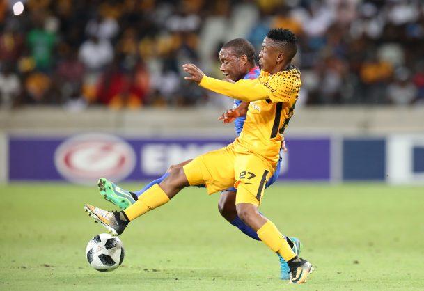 Hendrick Ekstein of Kaizer Chiefs challenged by Thuso Phala of Supersport United (Muzi Ntombela/BackpagePix)