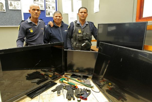 three men arrested in parow stolen property recovered the citizen