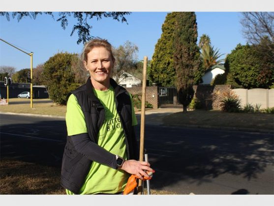 Samantha Choles is ready to tackle the litter on Mercury Road. PHOTO: Supplied.