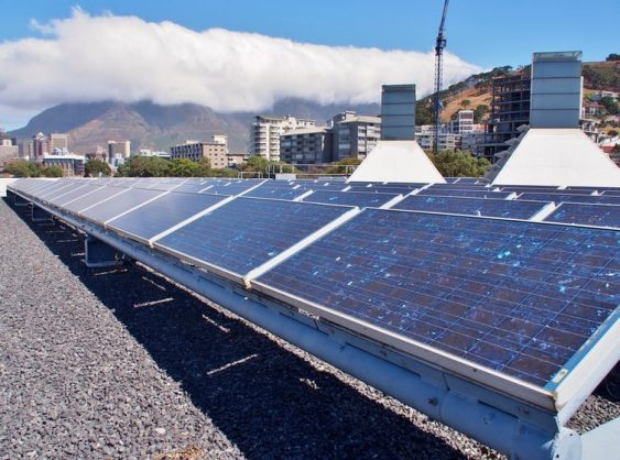 Analysts hope that South Africa's new energy plan will have wind and solar plans. Shutterstock