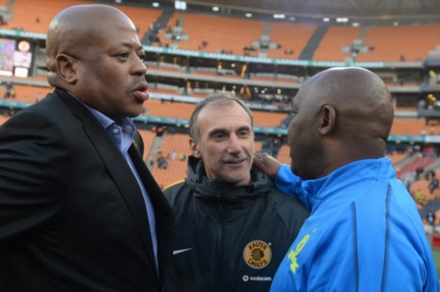 Bobby Motaung, Kaizer Chiefs coach Giovanni Solinas and Sundowns coach Pitso Mosimane at FNB Stadium (Photo by Lefty Shivambu/Gallo Images)