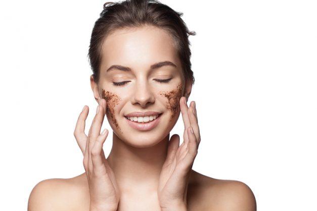 Tried & tested trends: Burt's Bees facial scrub