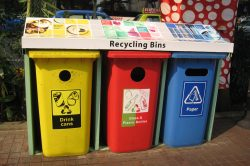 Reduce, reuse, recycle – Western Cape MEC pleads for change in waste habits on Earth Day