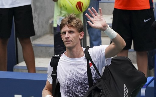 Kevin Anderson of South Africa waves after his match against Dominic Thiem of Austria during Day 7 of the 2018 US Open Men's Singles at the USTA Billie Jean King National Tennis Center in New York on September 2, 2018. / AFP PHOTO / kena betancur