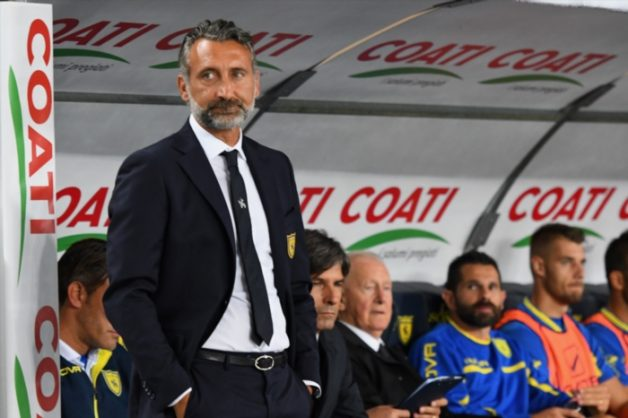 Lorenzo D'Anna head coach of Chievo looks on during the serie A match between Chievo Verona and Empoli at Stadio Marc'Antonio Bentegodi on September 2, 2018 in Verona, Italy. (Photo by Alessandro Sabattini/Getty Images)