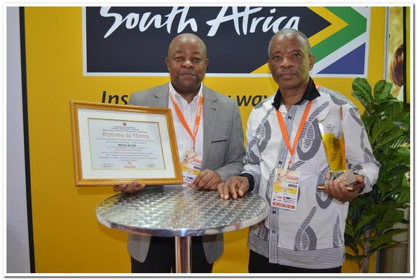 Mandisi Mpahlwa ,left, and Matome Kgowedi show off the award won at FACIM. Photo: Supplied