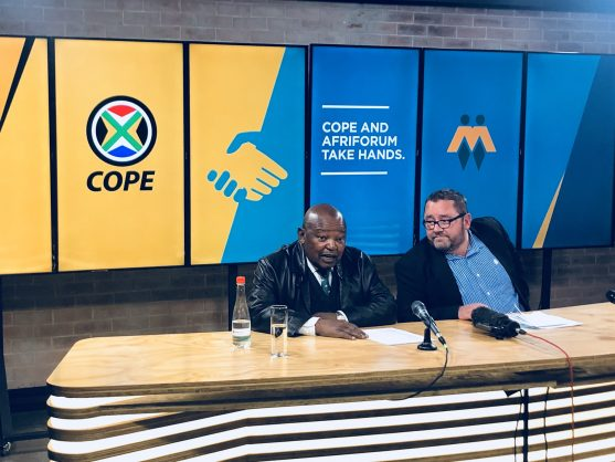 Mosiuoa Lekota with Kallie Kriel, 10 September 2018. Picture: AfriForum/Twitter