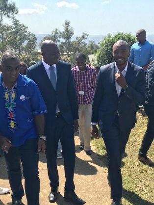 DA leader Mmusi Maimane and new premier candidate Zwakele Mncwango.  Image:  Mmusi Maimane/Twitter