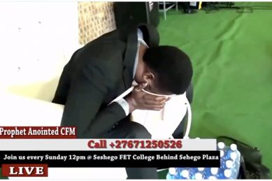WATCH: Nigerian pastor 'vomits money' into a bag in SA