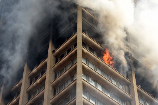 Firefighters continue to battle the fire in the Department of Health building in the Johannesburg CBD for the second day, 6 September 2018.  Picture: Neil McCartney