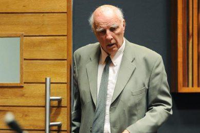 Convicted rapist Bob Hewitt granted parole