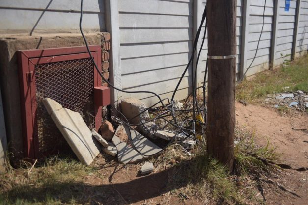 Illegal electricity connections in Zandspruit. Picture: Tracy Lee Stark