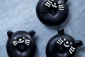 Recipe: Dark chocolate glazed black cat doughnuts