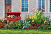 Stunning colour palettes for summer gardens