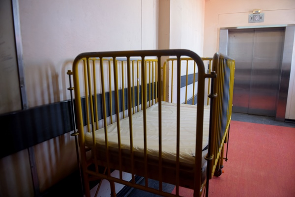 A baby bed is pictured at the Rahima Moosa Mother and Child hospital, 8 November 2018. Picture for illustrative purposes only. Picture: Tracy Lee Stark
