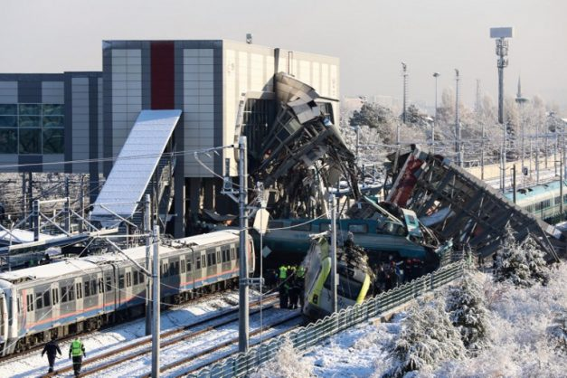 Seven dead in Ankara train crash
