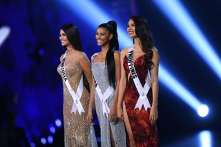 WATCH: Miss SA Tamaryn Green makes final two at Miss Universe
