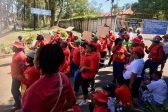 Strikers barricade mortuary in Pietermaritzburg