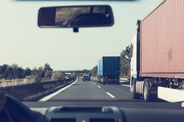 How to drive with badly maintained trucks