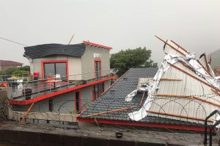 WATCH: Weekend's heavy rain leaves residents with damaged and roofless houses