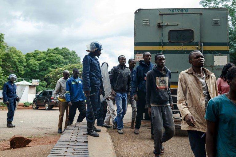 'Total internet shutdown' in Zimbabwe – provider