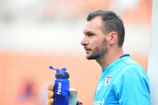 Hunt calls on Keet to make decision on Wits future