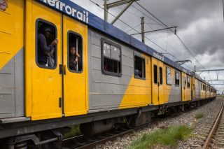 Western Cape ANC condemns burning of two trains at Cape Town station