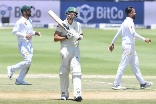 Aiden Markram of the Proteas upset for going out for 90 runs during day 1 of the 3rd Castle Lager Test match between South Africa and Pakistan at Bidvest Wanderers Stadium on January 11, 2018 in Johannesburg, South Africa. (Photo by Lee Warren/Gallo Images)