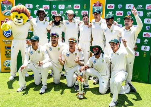 The Proteas celebrate their win over Pakistan during day 4 of the 3rd Castle Lager Test match between South Africa and Pakistan at Bidvest Wanderers Stadium on January 14, 2018 in Johannesburg, South Africa. (Photo by Sydney Seshibedi/Gallo Images)