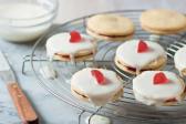 Recipe: Double-decker biscuits