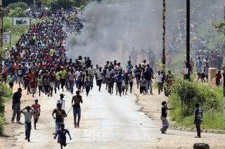 Heed the warning bells from Zimbabwe