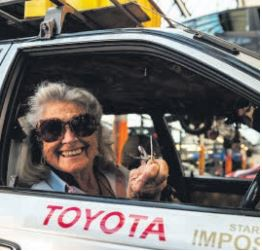 81-year-old drives from Cape to London