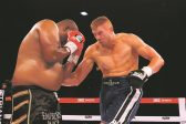 Visser favoured against Moyo in heavyweight boxing clash