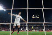 Sevilla ease past Lazio to reach Europa League last 16