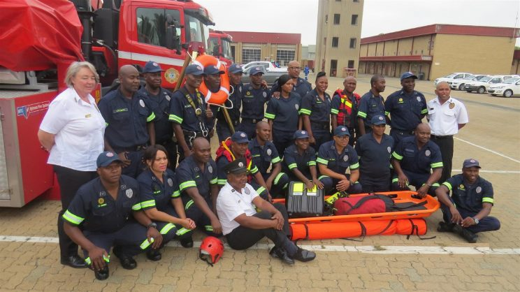 Ekurhuleni firefighters first in SA certified for international qualification