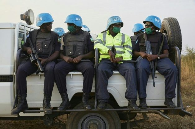 Despite signing of peace agreement South Sudan's economy continues to deteriorate