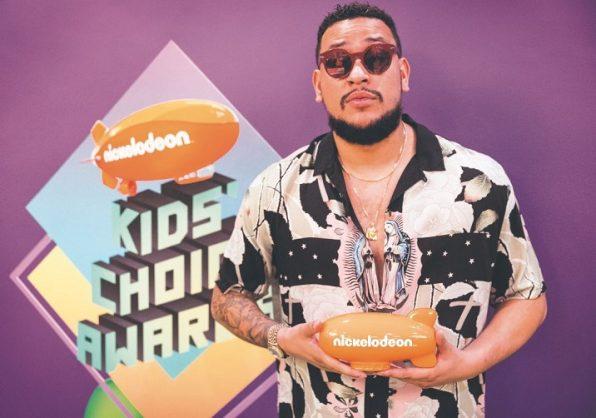 AKA won a Nickelodeon Kid's Choice award.