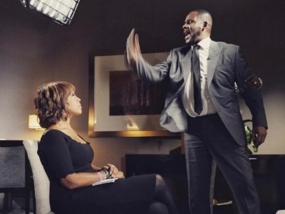 R.Kelly angrily looms over Gayle King during their interview. Credit: Instagram.