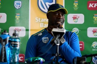 Ottis 'open' to staying with Proteas
