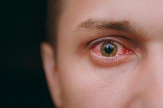 LED light can damage your eyes – warning