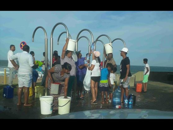 KZN residents use beach showers after four days of no water