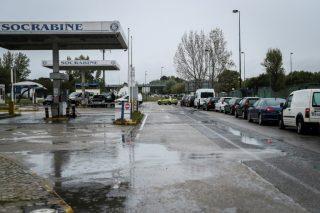 Petrol lines in Portugal as strike bites