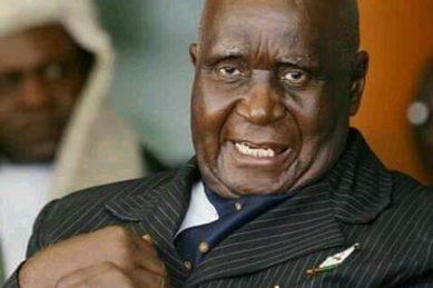 Ramaphosa salutes 'hero' Kenneth Kaunda as Zambia's founding father turns 95 (with a dance)